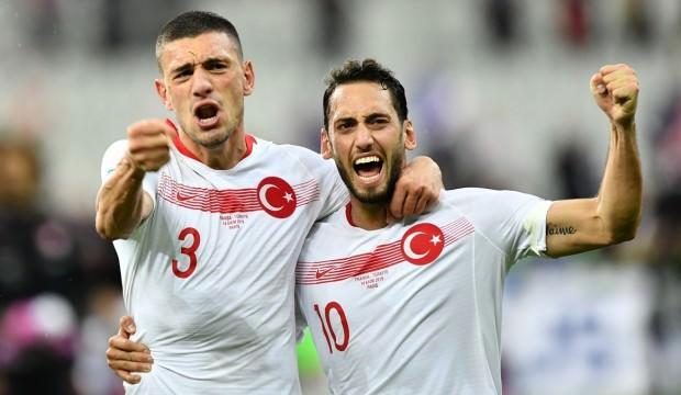 Hakan Çalhanoğlu2